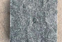 森林绿自然面石材图片